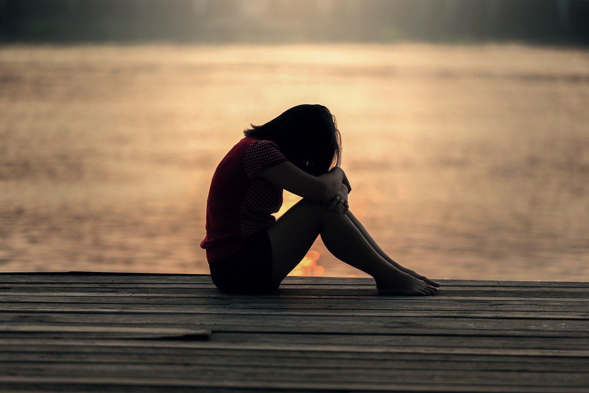 海外で孤独・孤立を感じたら